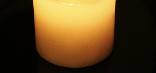 Sveča za žrtve trdih drog