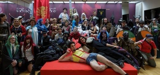 Skupinska slika vseh kostumiranih