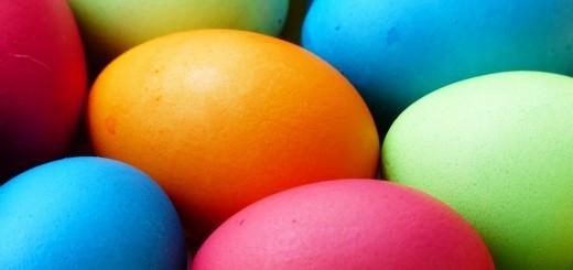 Velikonočni pirhi - pobarvajmo jih na naraven način