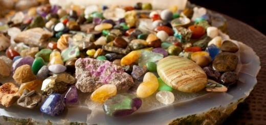 kristali so kosti zemlje