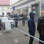 Drzni roparji brez plena  – oborožen rop prodajalne Slowatch v Mariboru