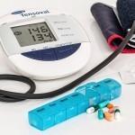 Visok krvni tlak – kako si lahko pomagamo