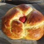 Recept za velikonočni kruh, ki se ga ne boste sramovali