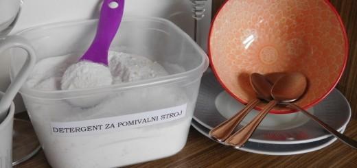domac-prasek-za-strojno-pomivanje-posode-6 (1)