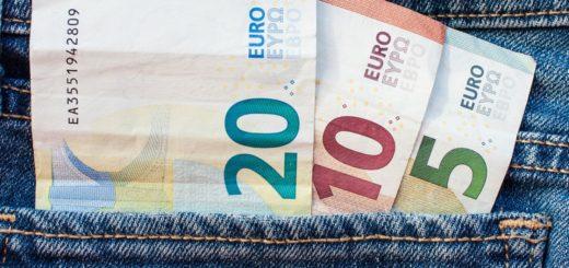 Sledenje bankovcem