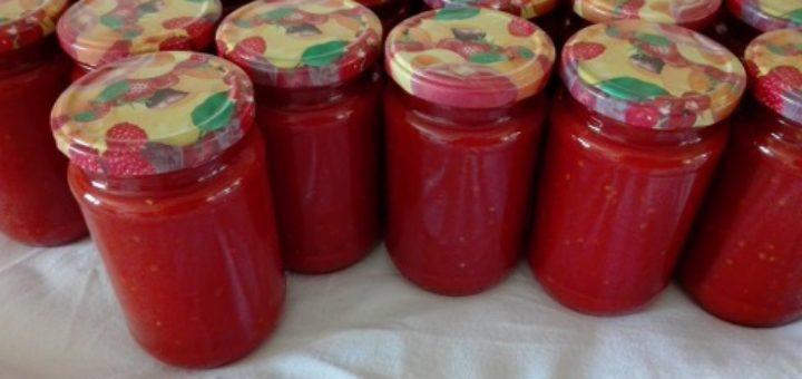 Paradižnikova omaka amaterke